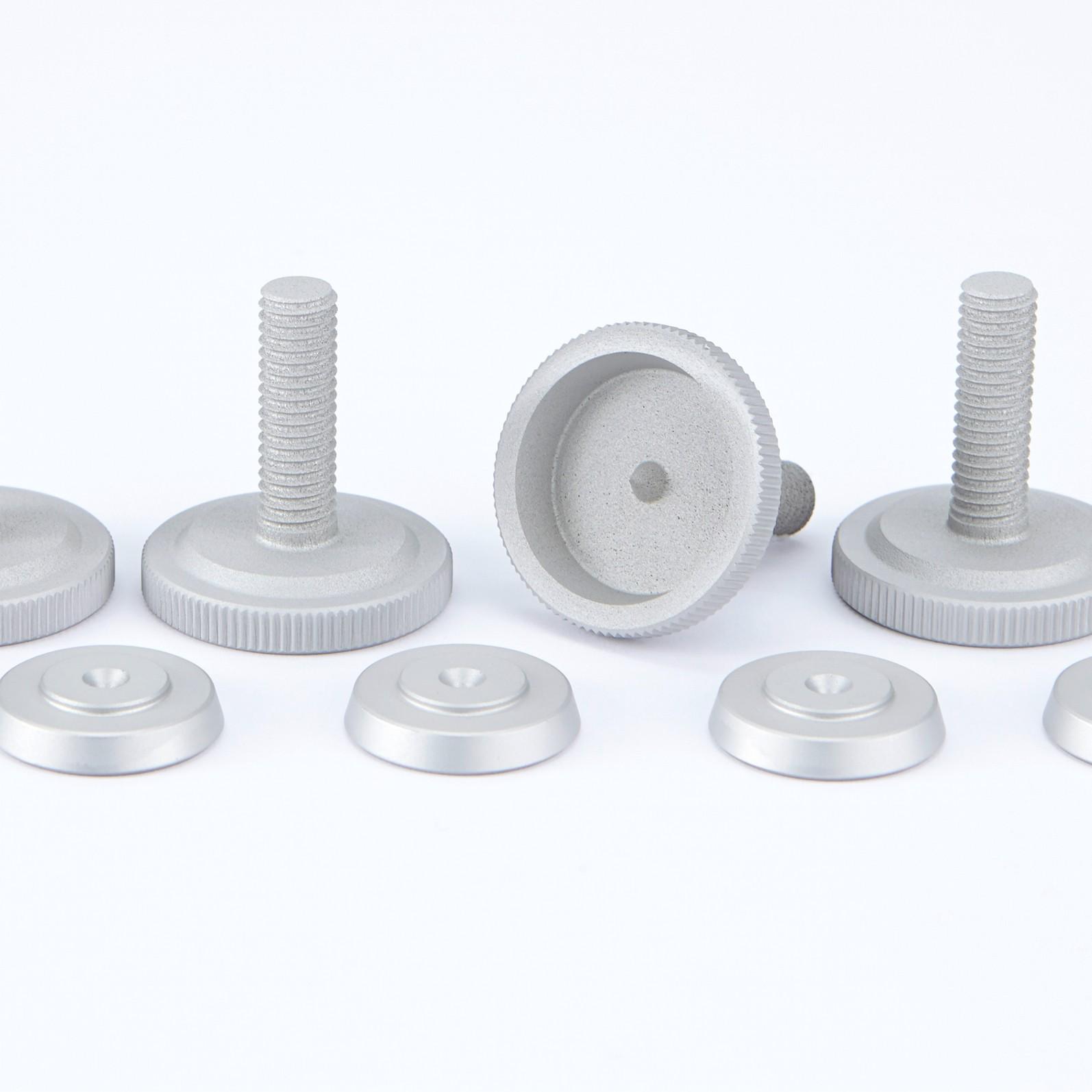4er Set 29 mm Spikes silber - M8